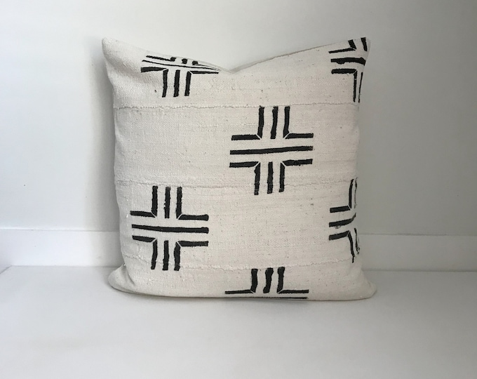 Authentic Mudcloth Pillow Cover, Cream and Black