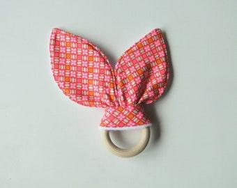 """""""Vintage rose"""" Beißring in Baumwolle und Vlies Inspiration Montessori Geburt Tochter Geschenk"""
