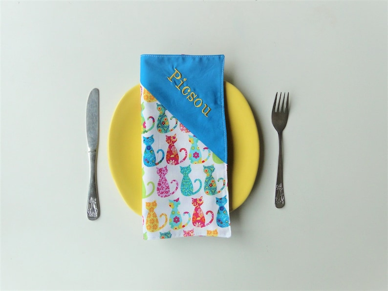 Napkin cats girl lined with first name and cotton message