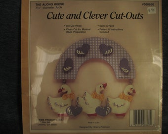 Cute and clever cut outs,Tag along geese,wood,folk art,craft,painting