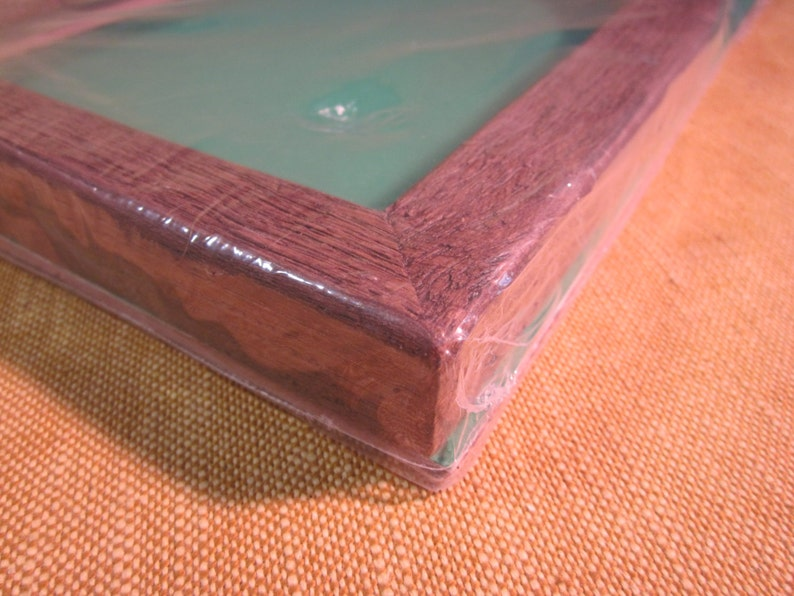 Cathedral shape frame no glass for needlework medium brown stained molded resin 6 12 x 8 12 opening