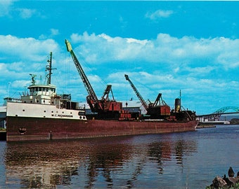 Giant Freighter Duluth-Superior Seaway Great Lakes Postcard