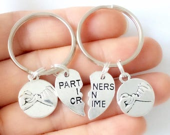 Partners in Crime Pinky Promise Keychain Set, Split Heart Keychain, Best Friends Gift, Friendship Jewelry, Matching Jewelry, Couples Gift