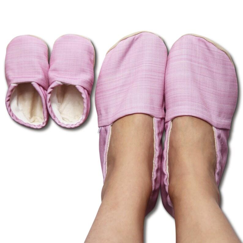 b7f067cc29db5 Buty dziecięce organicznych w róż bielizny wydruku różowe   Etsy