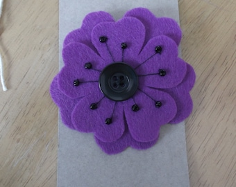 Felt flower brooch purple