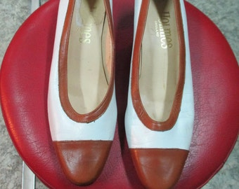 """Scarpe vintage della """"Holmes"""" England/Bicolore.Tg 38/Super 50s shoes/Made in England by Holmes/White and brown/Mint conditions/Size 6 US"""