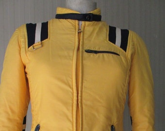 774580ac13bbd Gorgeous 70s yellow and blue skiing jacket Windbreaker Slim-fit Sport Size S   Giacca a vento anni 70 gialla e blu Vestibilità slim Tg. 42 IT