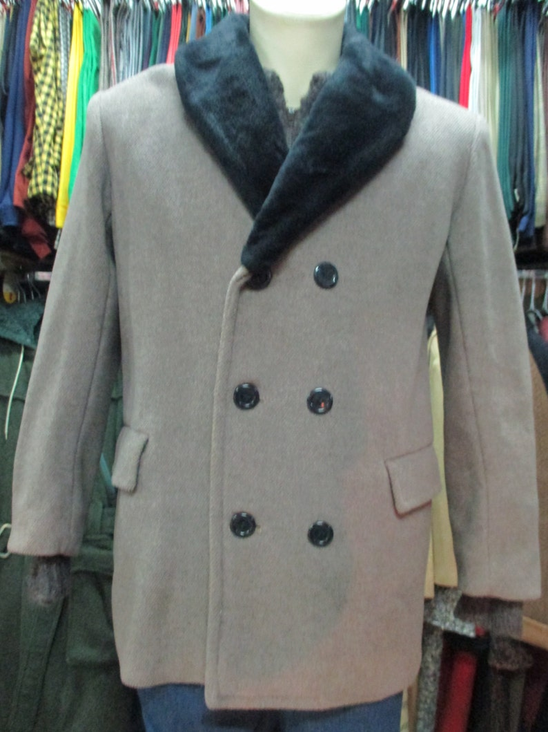 Gorgeous 40s coat with faux fur collar Doublebreasted Pure  5cadc87951d2