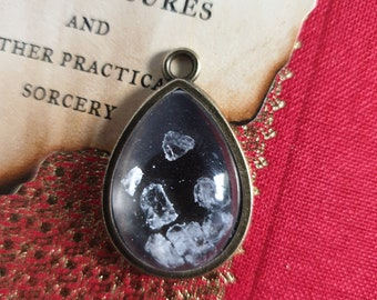 Rock salt Wiccan protection spell pendant