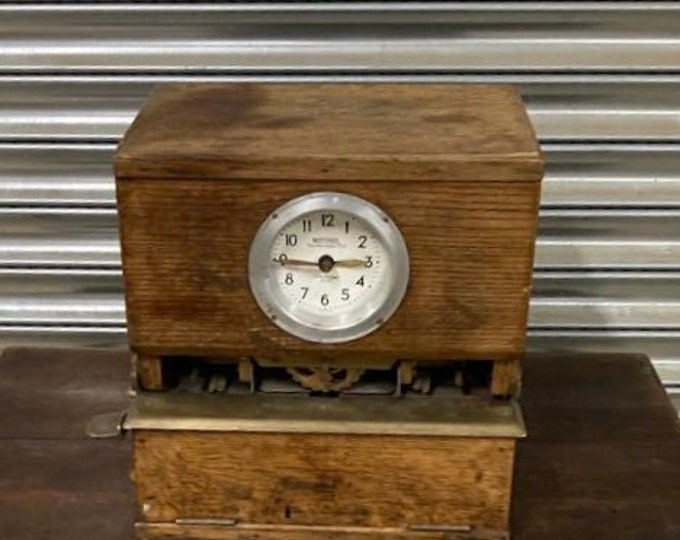 Lovely Vintage Circa 1930's National Time Recorder Clocking In Clock