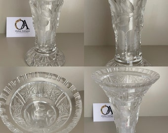 Beautiful Victorian 19thC  Star Of David Cut Glass Vase With Floral Decoration Etched around the central area