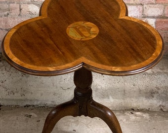 Stunning 19th Century Victorian Inlaid Clover Top Wine Table.