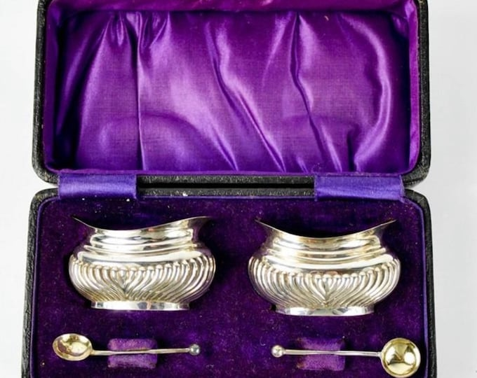 Stunning Pair of Silver Salts, London 1901 by George White