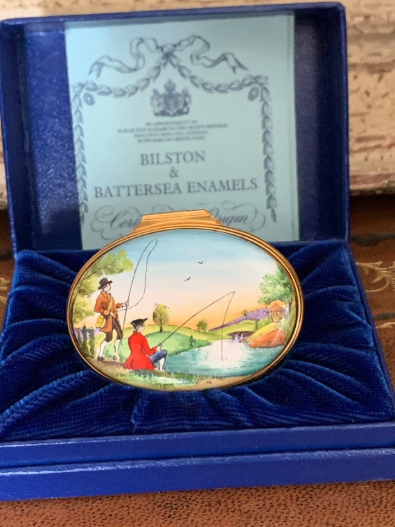 Beautiful Bilston & Battersea Halycon Days Revival Hand Painted Enamel Oval Trinket Box depicting 18th Century Era Gentleman Fishing