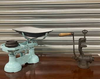 Vintage Kitchenalia - Retro Vintage Scales With Weights & No 55 Meat Grinder