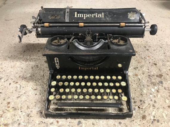 Lovely Vintage Imperial Model 50 Desk Typewriter circa 1920's/30's - 'The British Typewriter which beats all others'