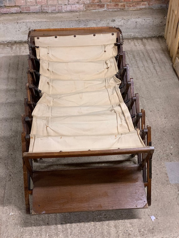WW1 Cabinetta Oak Folding Officers Folding Campaign Bed, Used by high ranking British Officers in WW1 and the Boer War.