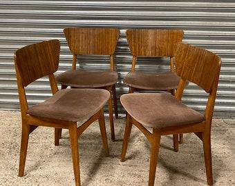 Set Of 4 Herbert E Gibbs Retro Mid Century Designer Dining Chairs With Original Upholstery
