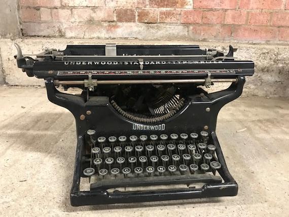 A Wonderful Vintage Underwood Typewriter