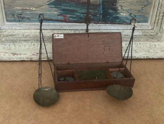 Antique Georgian Late 18th/ Early 19th Century Period Pocket Apothecary Scales With Weights