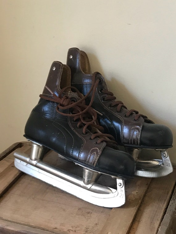Vintage 1960's Leather Kovopol Ice Skates - Great Display Item