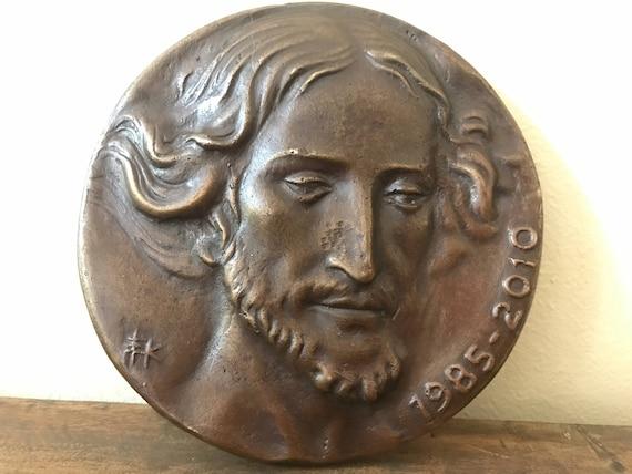 Bronze Commemorative Medallion Aniversario Parroquia D San Bruno