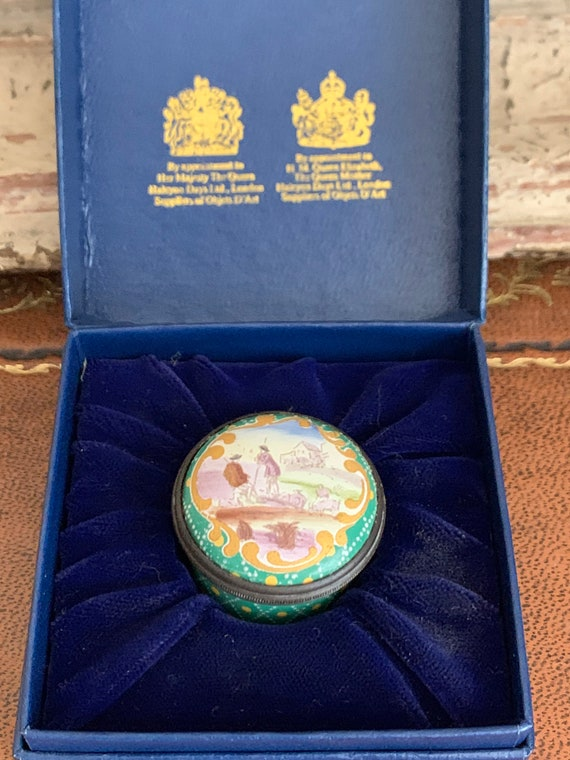 Rare Bilston & Battersea Halcyon Days Enamels 'Shepherds' Screw Top Trinket Pill Box
