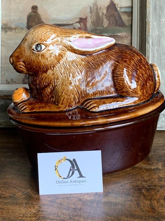 Wonderful Vintage Rabbit Pie Ceramic Dish