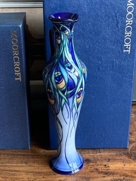 Beautiful Limited Edition Moorcroft Ewer Jug Designed by Rachel Bishop, Decorated with the Fanfare Pattern Edition 197/300 Dated 2003