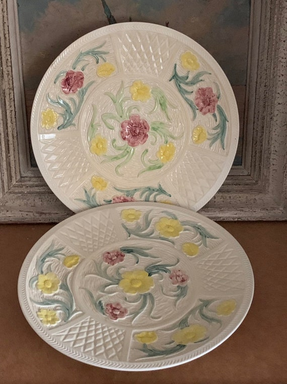 Pair of Large Handpainted Jacobean Pattern Charger Plates by H J Wood