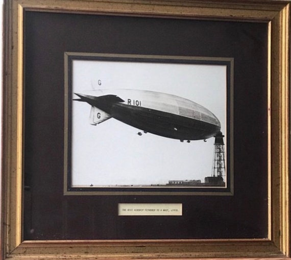 Large Gilt Framed Original Photo Of The R101 At Its Mooring Mast in Cardington, Bedfordshire