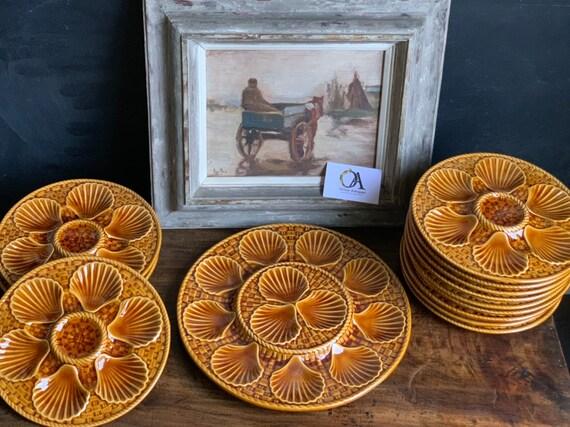 Beautiful Original Set of 13 Vintage French Longchamp Oyster Serving Plates