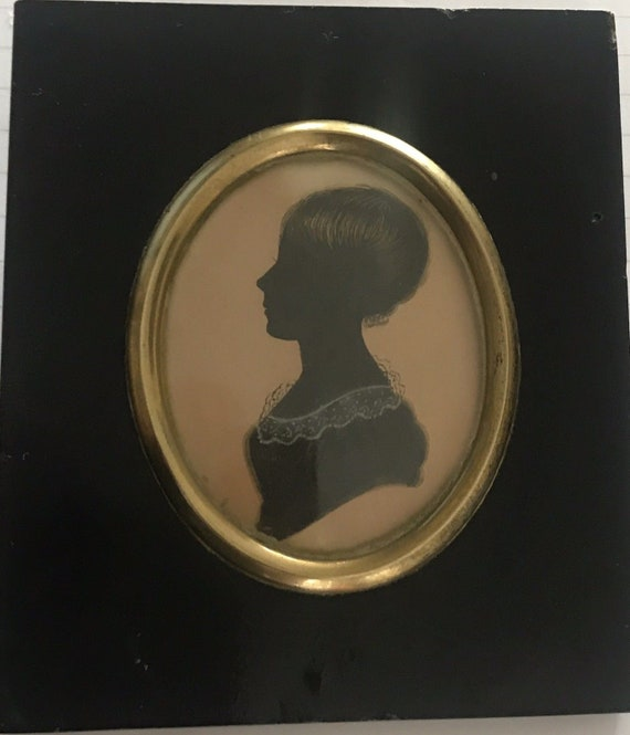 Wonderful Early 19th Century Miniature Silhouette Of A Lady in a Gilt & Ebonised Frame