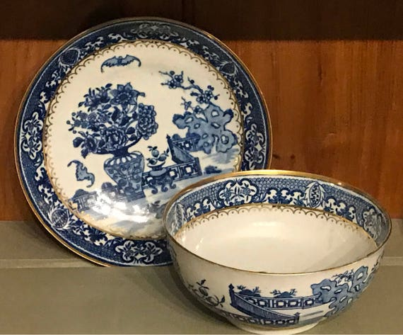 Worcester Blue and White circa 1780's Bat Pattern Bowl and Dish