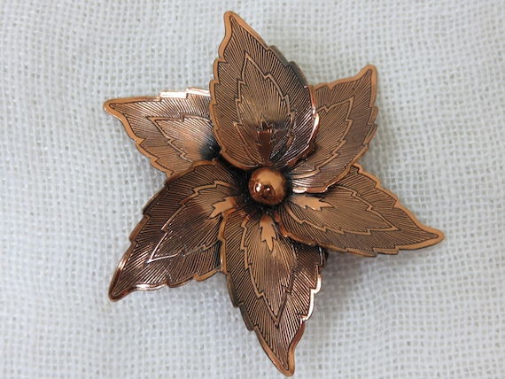 Vintage 1950s Copper Floral Pin Brooch 2.5/'/' Round Hand Crafted Unmarked Layered 3 Dimensional Mid-Century Style