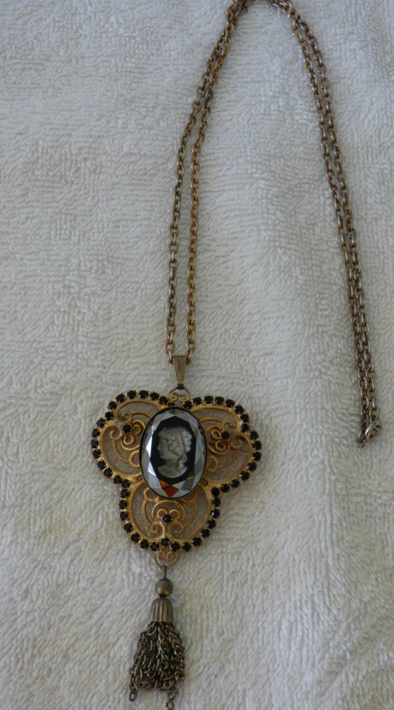 tassel VINTAGE Black glass INTAGLIO CAMEO necklacebrooch w rhinestones