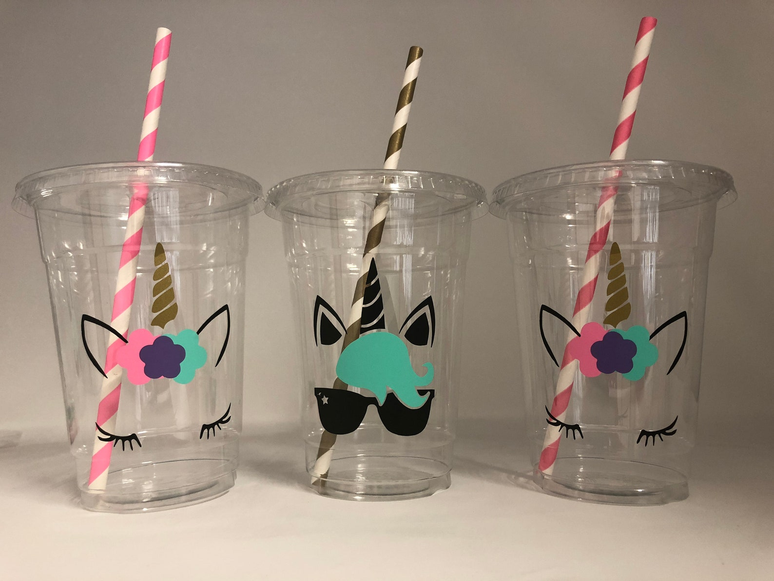 Unicorn Plastic Party Cups for 20 Guests