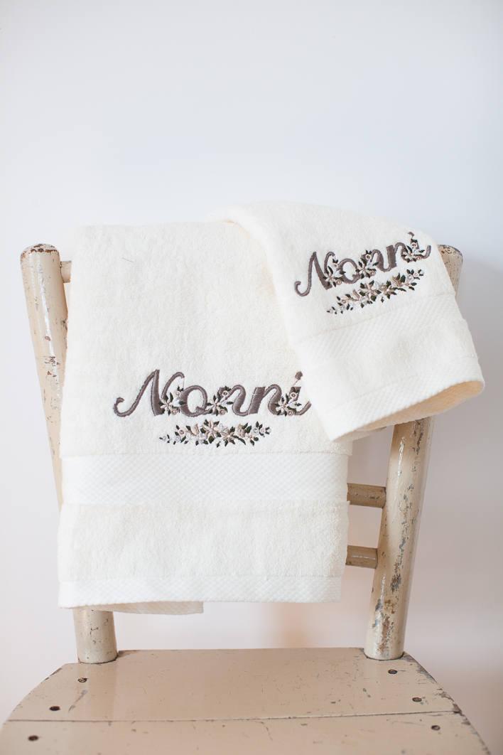 Idea regalo per la festa dei nonni asciugamani ricamati per for Idea per regalo