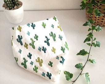 Bandana bib in cotton fabric with cactus and beige towelling