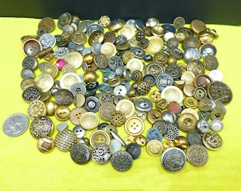 Vintage button collection-antique buttons lot-old sewing