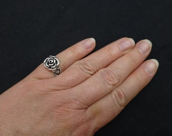 Israeli jewelry Or Paz Vintage Art Deco Filigree Ring Bohemian Silver Ring Victorian Silver Ring Overlap Ring Scroll Ring