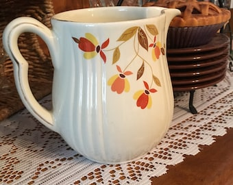 Hall's Superior Water Pitcher circa 1950s, Milk, Juice Pitcher, Beautiful Collectible
