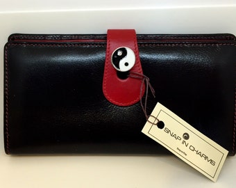 Genuine Leather Snap Charm Women's Black Wallet Ying Yang