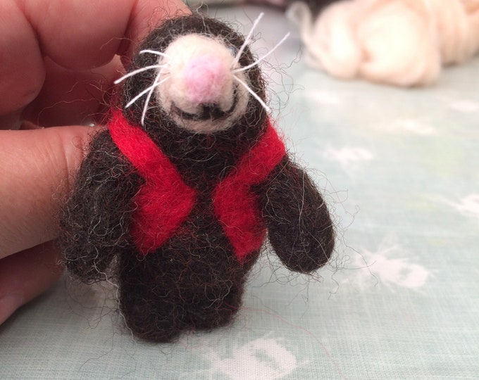 Featured listing image: Needle Felt Mole Brooch