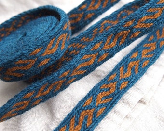 Tablet woven trim, MANY COLOR VARIANTS, Kekomaki, Kaukola, woolen viking trim, tablet weaving, tablet weave, woven braid, brettchenborte