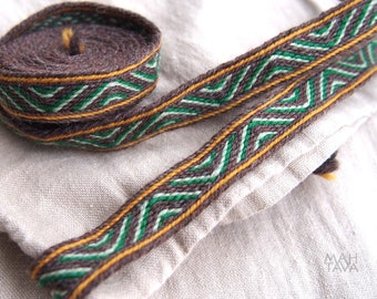 Tablet woven woolen trim, length to choose, viking trim, tablet weaving, card woven, woven braid, Brettchenborte, reenactment