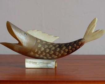 Carved horn fish. Vintage hand carved fish. 60s folk art. Seaside souvenir.
