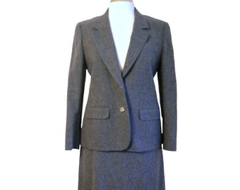 45929f5d3 Vintage Pendleton Skirt Suit Women's 1980s Charcoal Gray Two Button Blazer  Jacket and Skirt with Pockets - Size 10 - Pendleton Petite