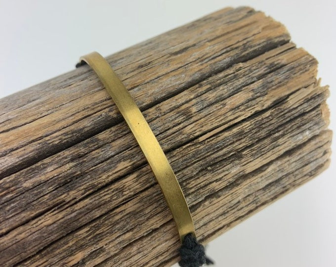 Brass Bar Macrame Bracelet