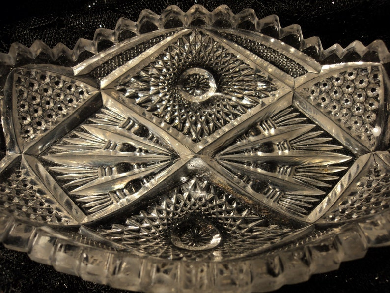 Imperial Nucut Glass Pickle Dish